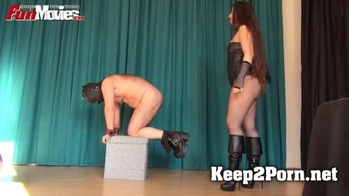Larissa Gold starring in video: Make Him Beg [MP4 / HD]