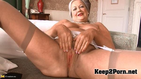 milf April thomas mature