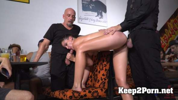 Cherry Kiss & Dolly Diore (Dolly Diore's All Out Public Fuckfest / 19.03.2018) [720p / BDSM] PublicDisgrace, Kink