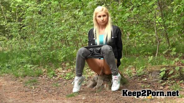 Blonde In The Woods 01-05-18 (Pissing, FullHD 1080p) Got2pee, G2P
