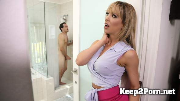 Brazzers milf with son