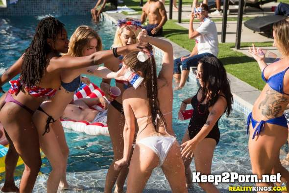 Cali Carter, Jojo Kiss, Ember Snow - Bone On The Fourth Of July (04.07.2018) [432p / Lesbians] RKPrime, RealityKings