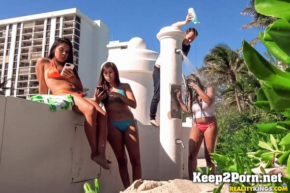 Nola Blu - Twisted Shampoo Prank (12.07.2018) (MP4 / SD) RKPrime, RealityKings
