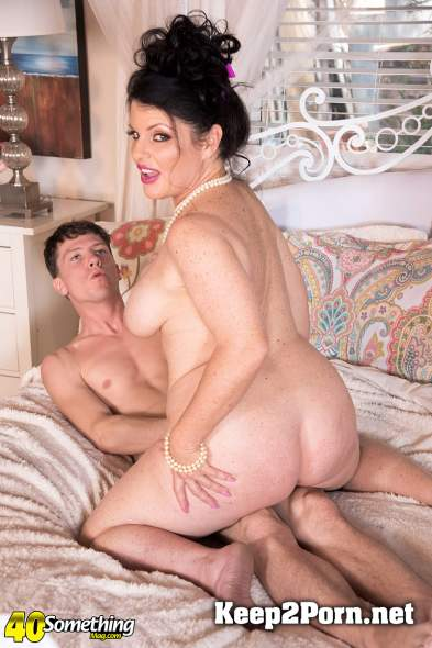 Ivy Ices (Ivy fucks her son's best friend) (MILF, FullHD 1080p) ScoreHD, PornMegaLoad, 40SomethingMag