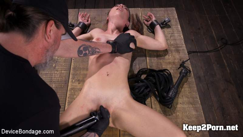 Serena Blair - Leather, Wood, and Steel with Serena Blair (21.03.2019) (BDSM, HD 720p) DeviceBondage, Kink