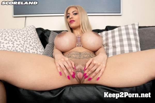 Amber Alena - Amber Alena Busts Out Big Time (Video, FullHD 1080p) PornMegaLoad, Scoreland