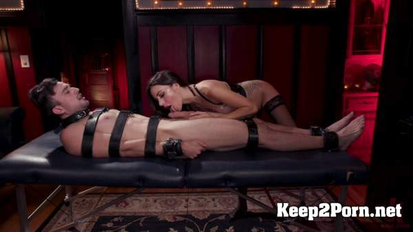 Gia DiMarco - The House Slave: Gia DiMarco Brings Mason Lear Out to Play (16.07.2019) (Femdom, HD 720p) DivineBitches, Kink