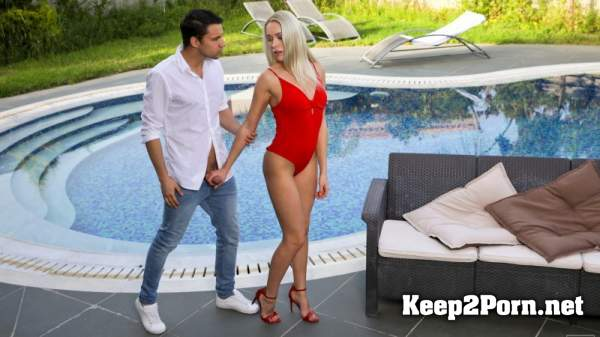 Angelika Grays - Red Hot Summer (03.09.2019) [540p / Video] NubileFilms