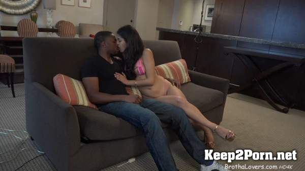 Sophia Leone (Sophia Leone & Phil Dangers) (MP4 / FullHD) BrothaLovers, InterracialSexx