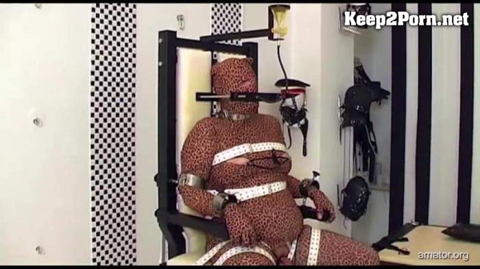 Bizarrlady Lara, Rubber Slave - Lady Lara – Missbraucht Part 1 – 3 / Humiliation (mp4 / FullHD) Amator