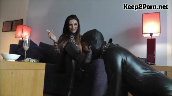 Lady Milana Starrinh - Locked Up In Chastity Forever / Humiliation [720p / Femdom] Clips4sale